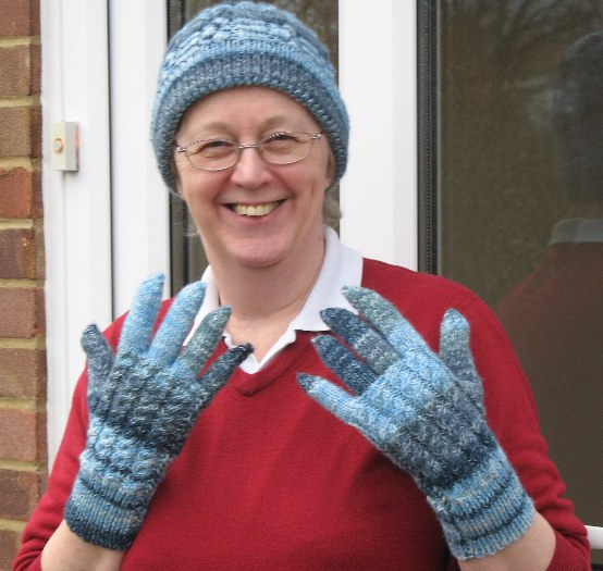 Knitting Websites : Finally finished the matching gloves The Knitting Site