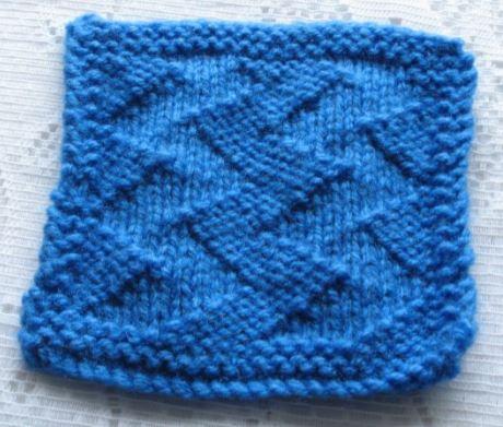 Zig-zag knitting pattern coaster